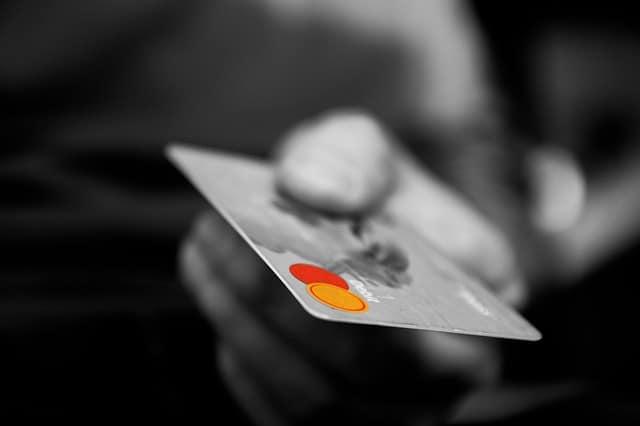 אשראי חוץ בנקאי לעסקים